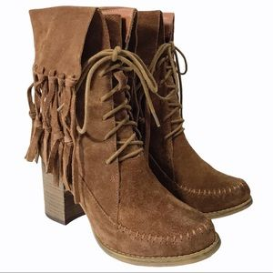 """Sbicca """"Wagon"""" Fringe Lace Up Logger Heeled Boots"""